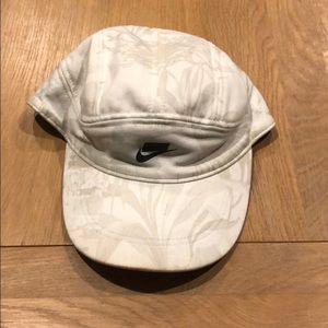 Nike Accessories - Nike sportswear tailwind Dri fit hat